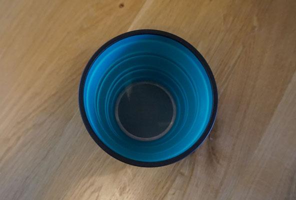 Blick auf die Gaze/Filter des x-brew