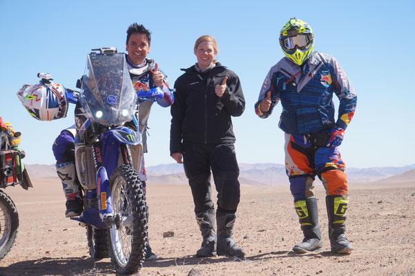 Nette Fahrer und Atavama Rally Fans, die wir in der Wüste getroffen haben / Atacama Rally Chile