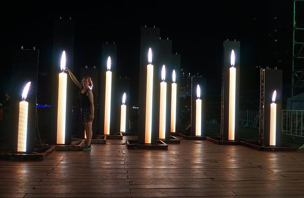 Autsch - Lichtinstallation Bangkok 1