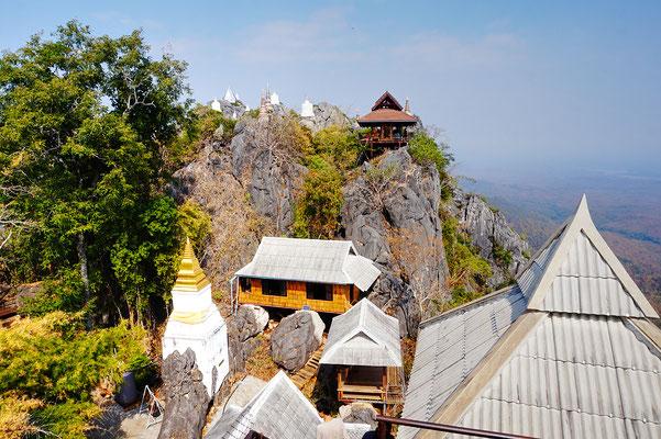 Das Kloster in Mae On - Eindrucksvoll mit steilem Aufstieg