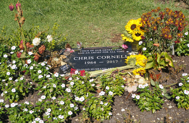 Chris Cornell liegt im Hollywood forever Cemetary - Tschüss / Roadtrip USA