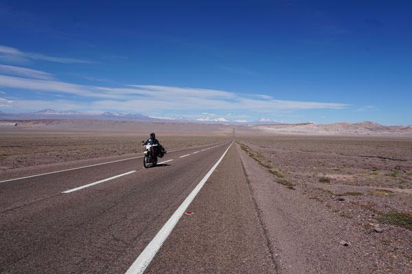 Auf dem Weg nach san pedro de Atacama /Chile