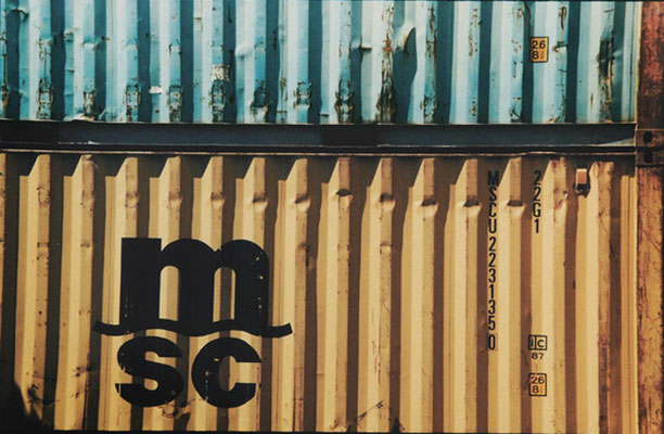Monika Humm, global - Container 4, 2006, C-Print, 30,5x40,6cm