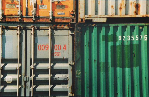 Monika Humm, global - Container 5, 2006, C-Print, 30,5x40,6cm
