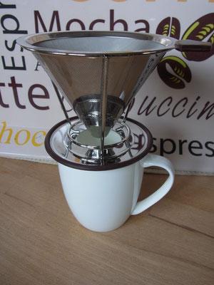 Metallfilter mit Halter - passend für alle gängigen Größen bis zu einer Portion von ca. 4 Tassen Kaffee