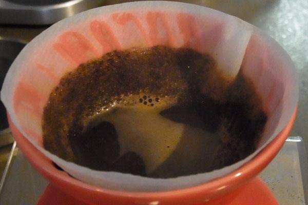 Handgefilterter Kaffee mit dem Hariofilter...ein Genuss