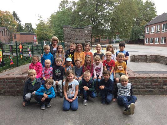 Die Klasse der Grundschule an der Burg in Krefeld