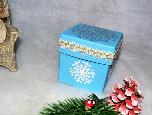 Weihnachtswürfelbox hellblau