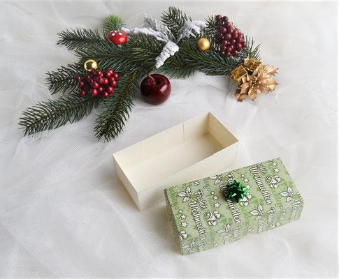"""Box mit Deckel """"Frohe Weihnachten"""" grün-creme"""