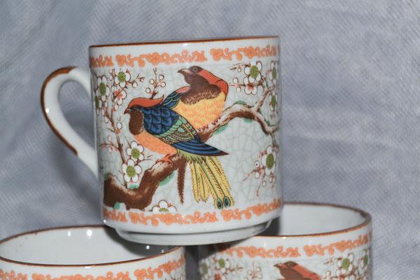 Teeservice mit Vogelmotiv aus Italien