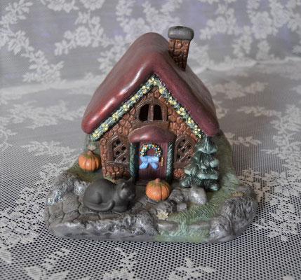 Hexenhaus aus Keramik