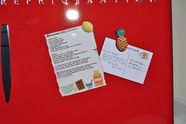 Nostalgiedose Kühlschrank rot Detail