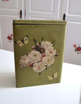 Nosgtalgiedose/Vorratsdose grpn mit Motiv Bauernrose mit Schmetterling