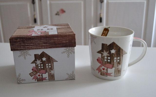 Porzellantasse im Geschenkkarton Motiv Haus