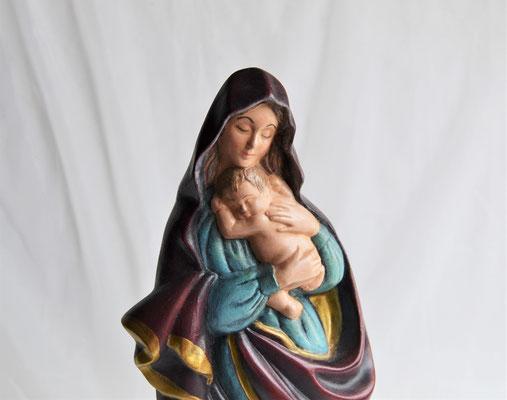 Madonna mit Kind aus Keramik von Hand bemalt