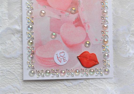 """Herzkarte """"Love"""" und Lippensticker"""