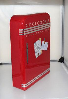 Nostalgiedose Kühlschrank rot seitlich