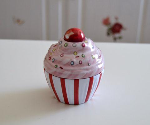 Cupe Cake weiß, rote Streifen