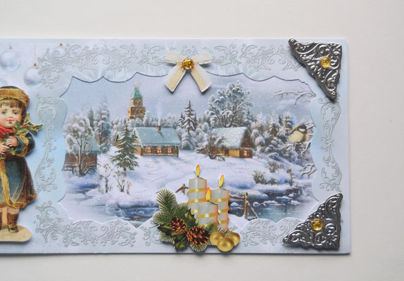 Weihnachtskarte Dorf mit Mädchen und Kerzengesteck