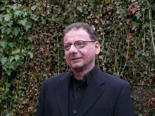 Heinz Kelzenberg - Bass