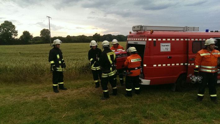 Abschließend wird die TS wieder auf dem TSF verlastet und es geht zurück zum Feuerwehrgerätehaus!