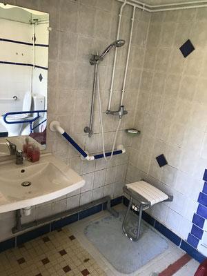douche,w-c pour handicap