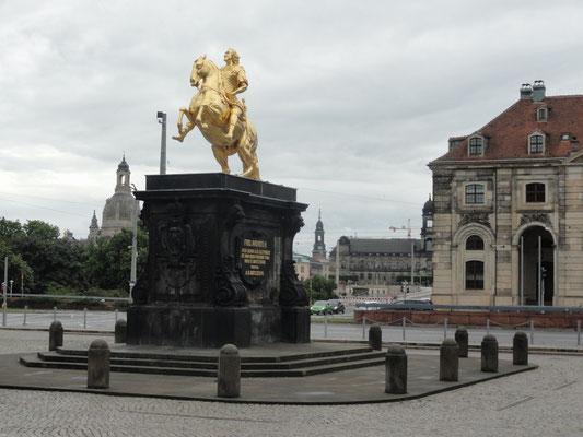 Dresden - Goldener Reiter - König August des Starken