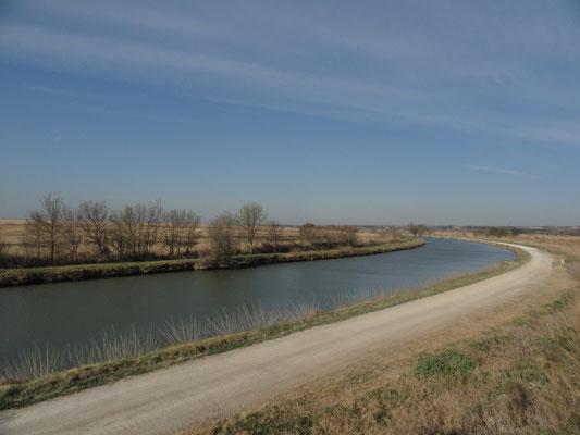 Franquevaux - Canal du Rhône à Sète