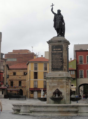 Gijón - Plaza del Marques - Don Pelayo