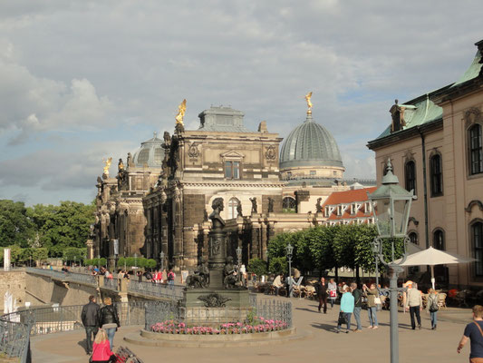 Dresden - Kunstakademie mit Kunsthalle