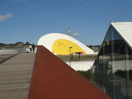 Avilés - Centro Niemeyer