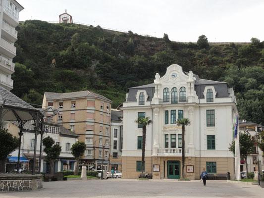 Luarca - Rathaus