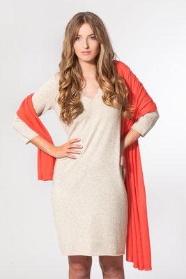 Kleid mit V-Ausschnitt und Feinstrick Stola