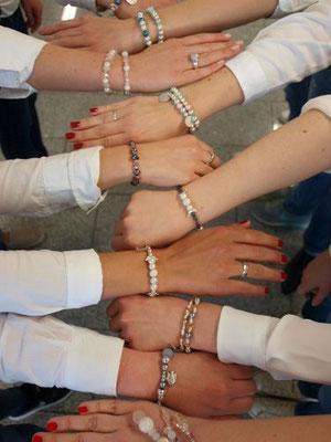 Kindergeburtstag Schmuck Workshop Armbänder