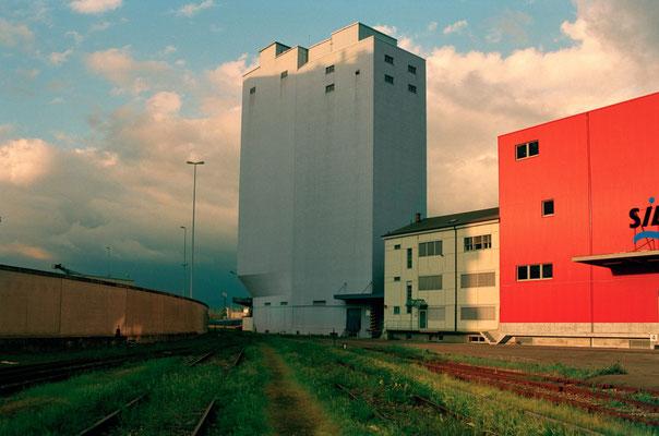 Silo, 2001