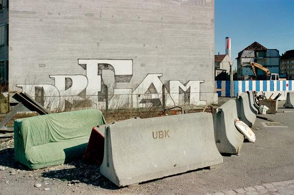Dream, 2001