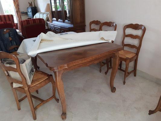 #Avant table et chaises style Louis XV
