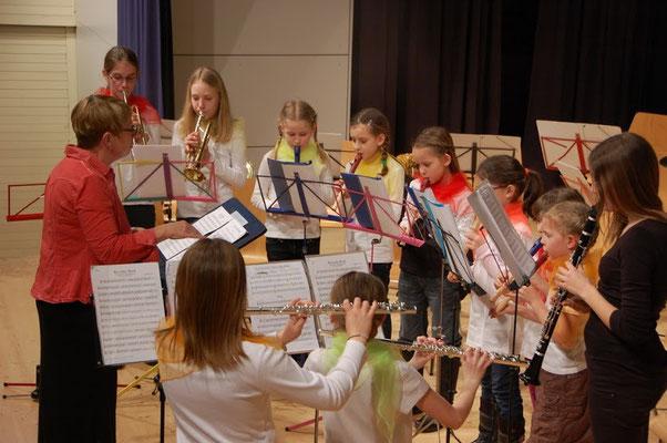 Unsere Jugend beim Auftritt. Quelle: Musikverein Helmsheim