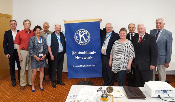 Gruppenfoto der Mitglieder des Kiwanis-Club Deutschland Netzwerk