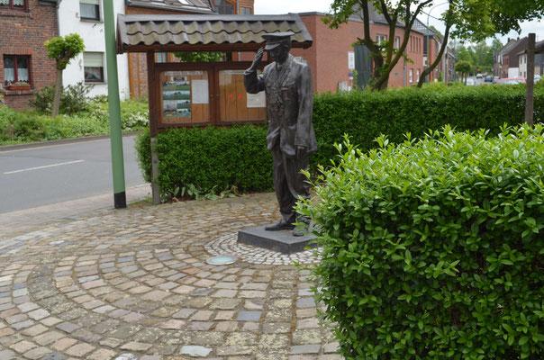 Denkmal vom Ehrenbürger Josef Gilles