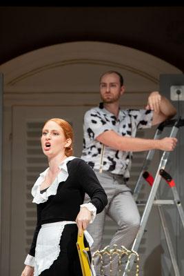 Als Figaro in Figaros Hochzeit, Susanna: Clara Maria Kastenholz, Opernakademie Bad Orb (c) Gerd Heinzl