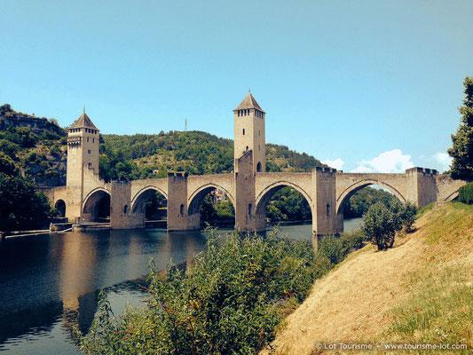 Le Pont Valentré © Lot Tourisme A. Druine
