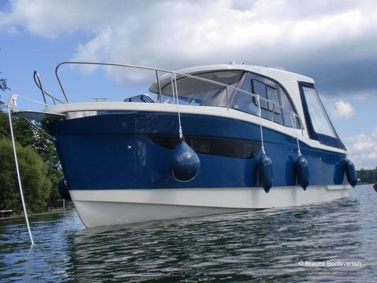 Hausboot, Charteryacht