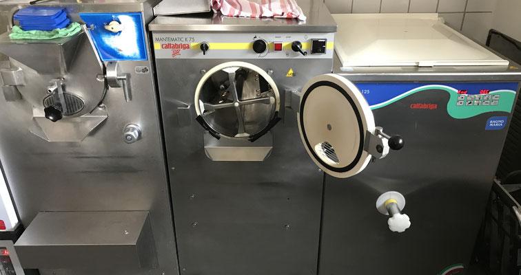 Ohne gute EisMaschinen, vor allem guter Kühlung, geht es nicht