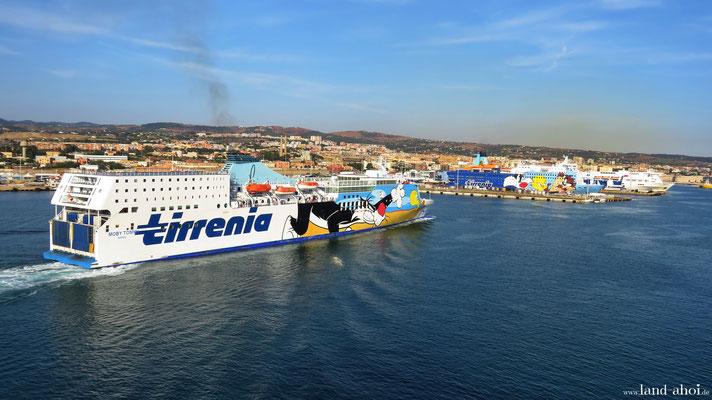 Civitavecchia Kreuzfahrthafen Fährterminal