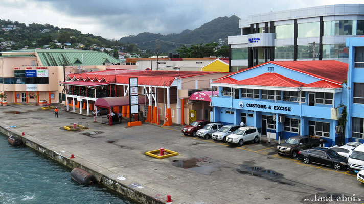 Castries Queen Elisabeth II Dock