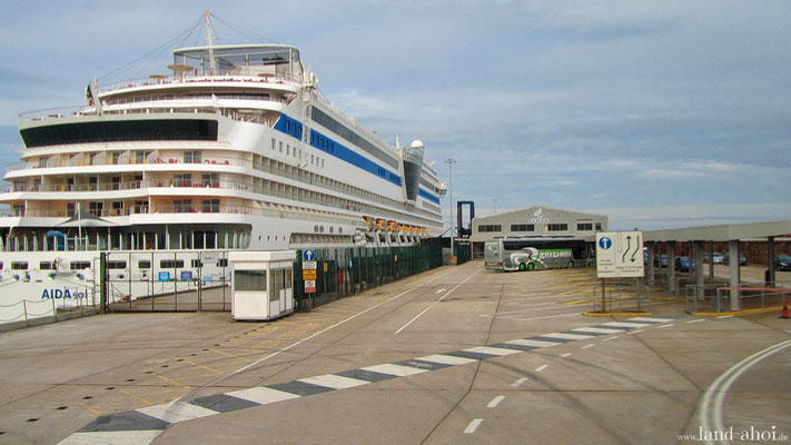 Dover Liegeplatz / Kreuzfahrt Terminal