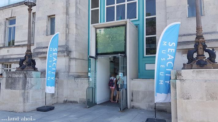 Southampton SeaCity Museum Eingang