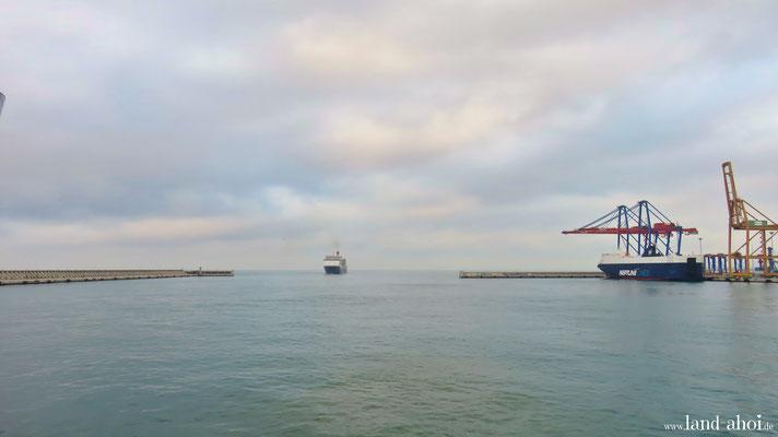 Malaga harbour entrance