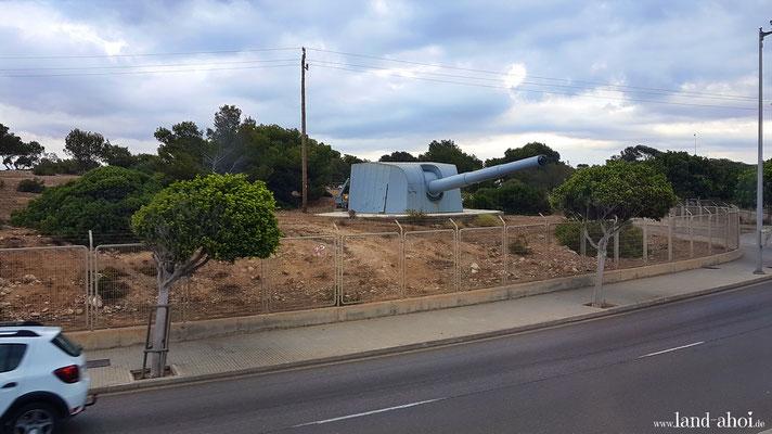 Teil vom Militärmuseum Museo Histórico Militar de San Carlos